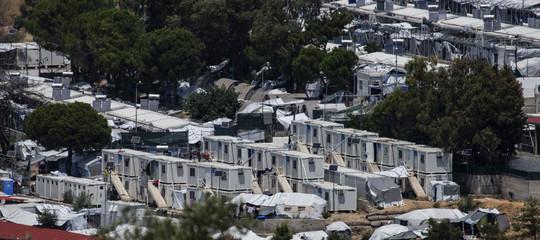 campo profughi lesbo incendio