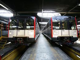 Milano, una brusca frenata della metro ha causato 15 feriti