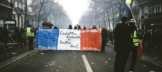 pensioni francia riforma proteste