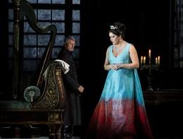 La Tosca entusiasma la scala, standing ovation per Mattarella
