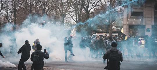 franciasciopero manifestazioni gilet gialli