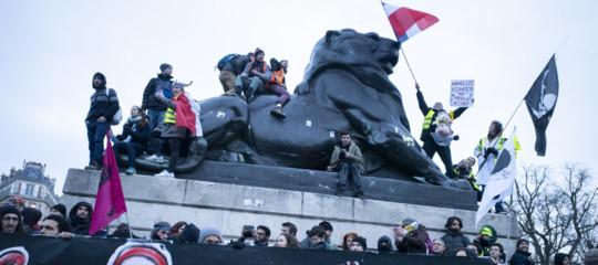 riforma pensioni francia proteste