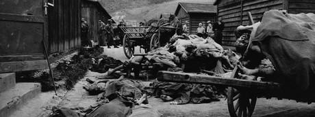 Il campo di concentramento di Gusen fotografato nel momento dell'ingresso degli Alleati