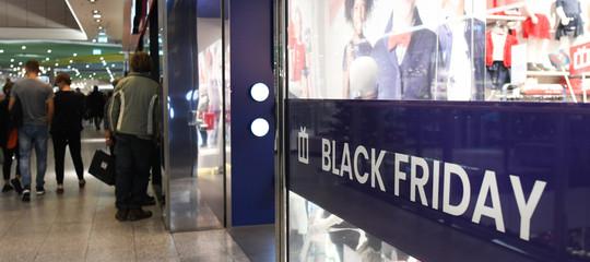 black friday dazi centri commerciali