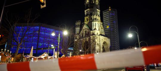 evacuato mercatino natale berlino