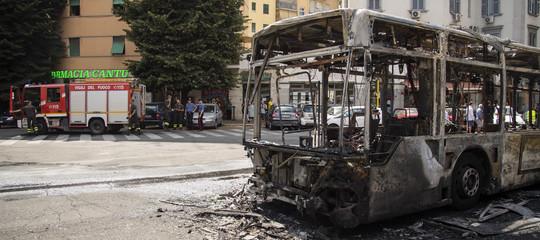 RomaAtac incendi bus