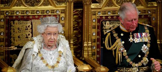 meghan harry regina elisabetta megxit