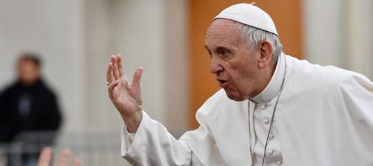 papa matrimonio preti sacerdoti celibato francesco ratzinger