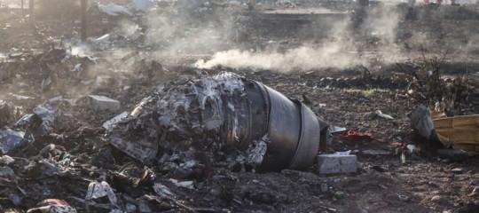aereo ucrainoiranabbattuto due missili