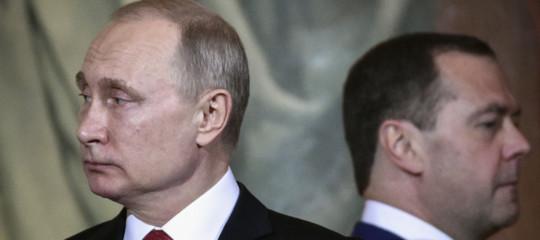 governo russo dimissioni medvedev putin