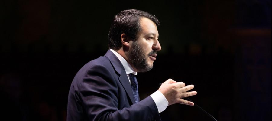 Matteo Salvini ha detto quello che pensa di Junior Cally