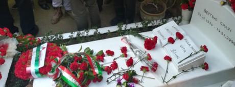 La tomba di Craxi a Hammamet