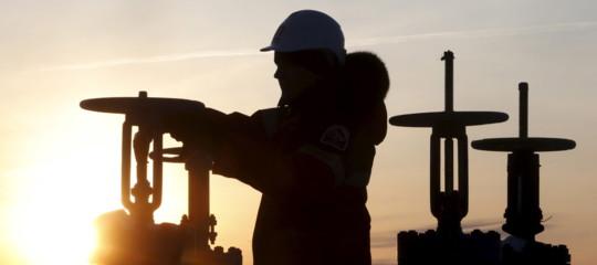 petrolio libia haftar chiusi pozzi