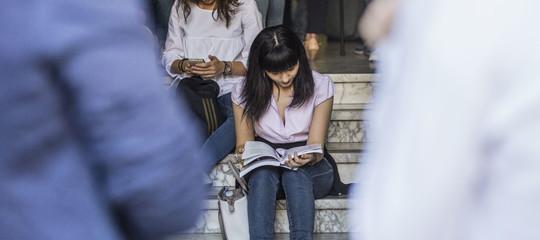 Molesta studentesse universita Roma