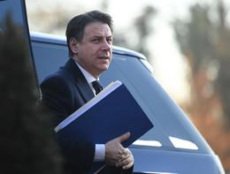 Conte resta a Roma, non va al Forum di Davos