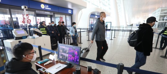 Virus Cina Burioni controlli rischio sbarco infetti