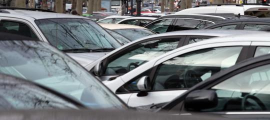 mercato auto calo inizio 2020