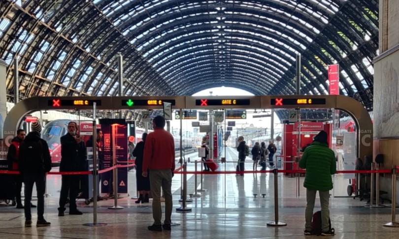 Coronavirus assalto stazione Milano