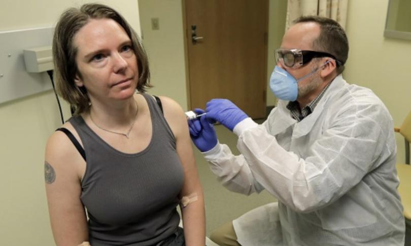 La Donna Che Si E Fatta Iniettare Il Vaccino Sperimentale Contro Il Covid 19