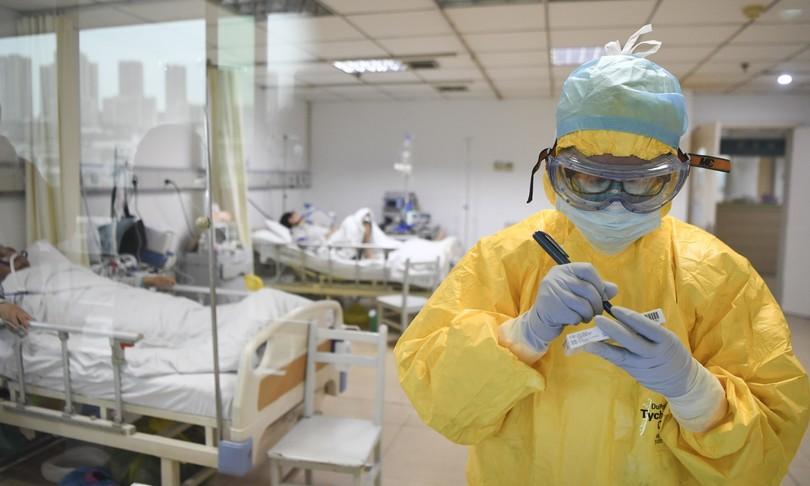 Vaccini e farmaci: quali sono i tempi per sconfiggere il coronavirus?