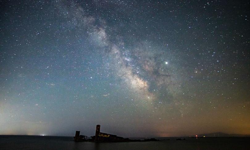 La Via Lattea è più estesa del previsto e fatta per la maggior parte di materia oscura