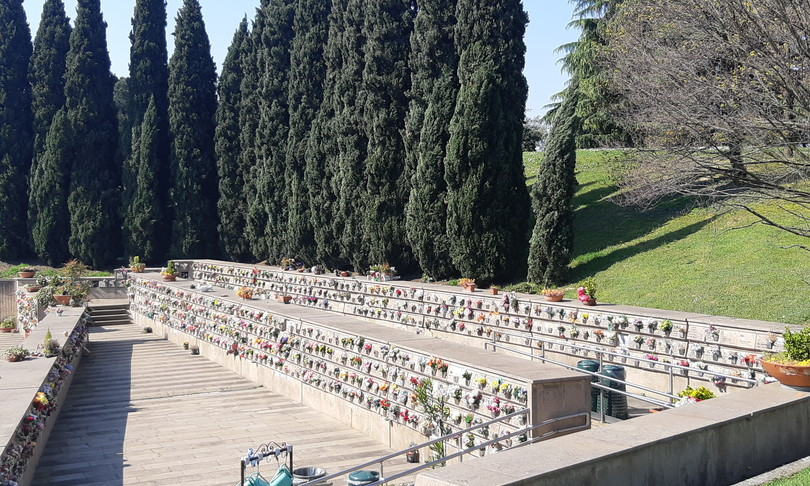 coronavirus cimitero milano crematorio