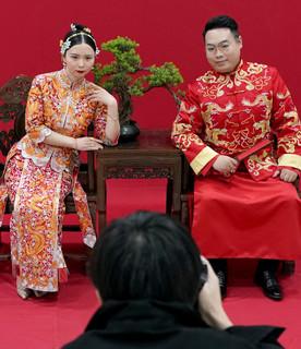 A Wuhan ripartono i matrimoni