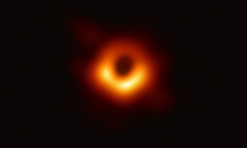 danza stelle buco nero