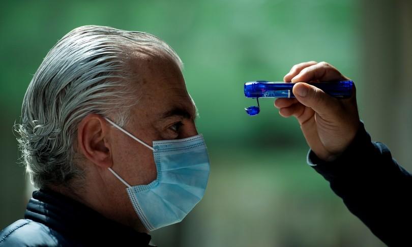 cosa pensano virologi virus morto zangrillo