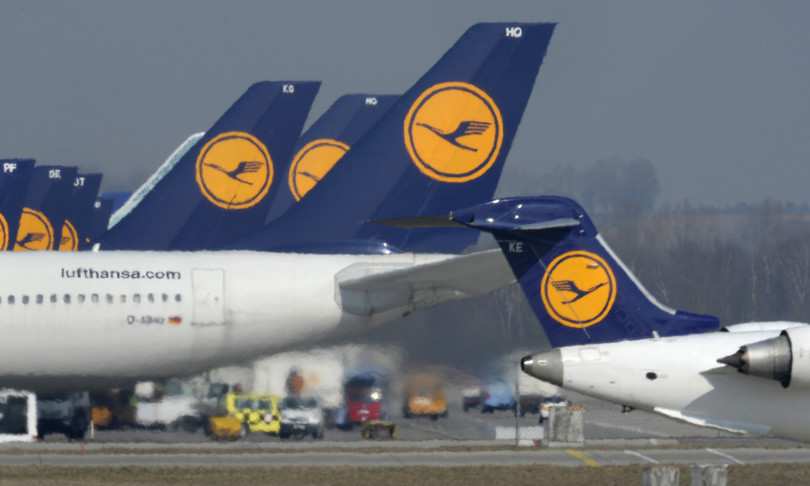 "Lufthansa perdite ""vasta ristrutturazione"""