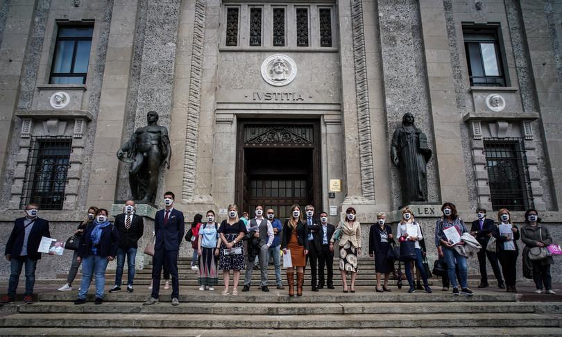 procura Bergamo familiari vittimecovid