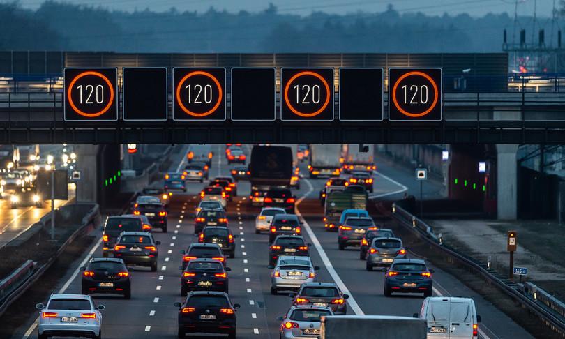 alitalia autostrade governo