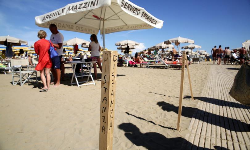 turismo coldiretti presenze giugno italia calo