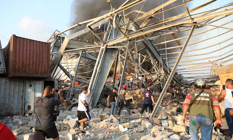 Libano esplosioni beirut morti feriti danni