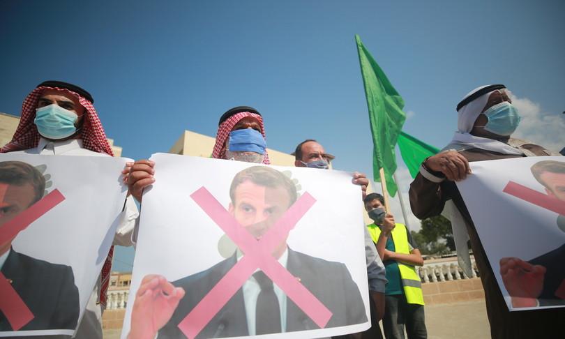 La rivolta dell'Islam contro Macron