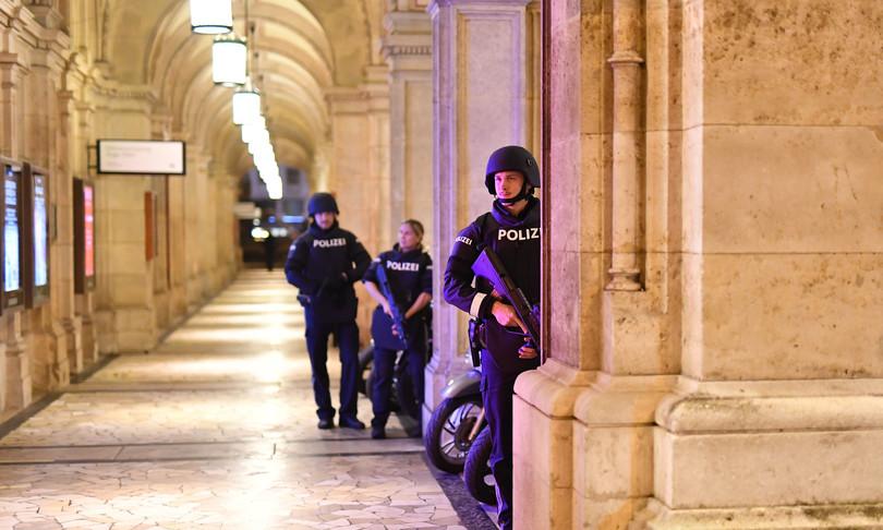 sparatoria vienna sinagoga