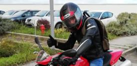 Tornare a guidare la moto con la spalla ricostruita in 3D