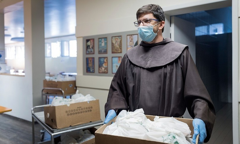 richieste aiuto mense francescane aumentate 45 per cento