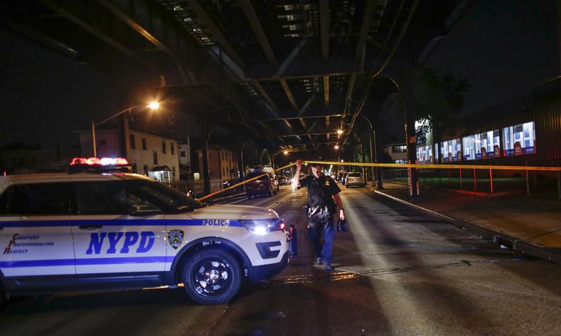 sparatoria chiesa a new york