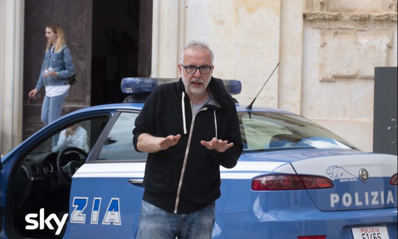 cops comici poliziotti serie sky luca miniero