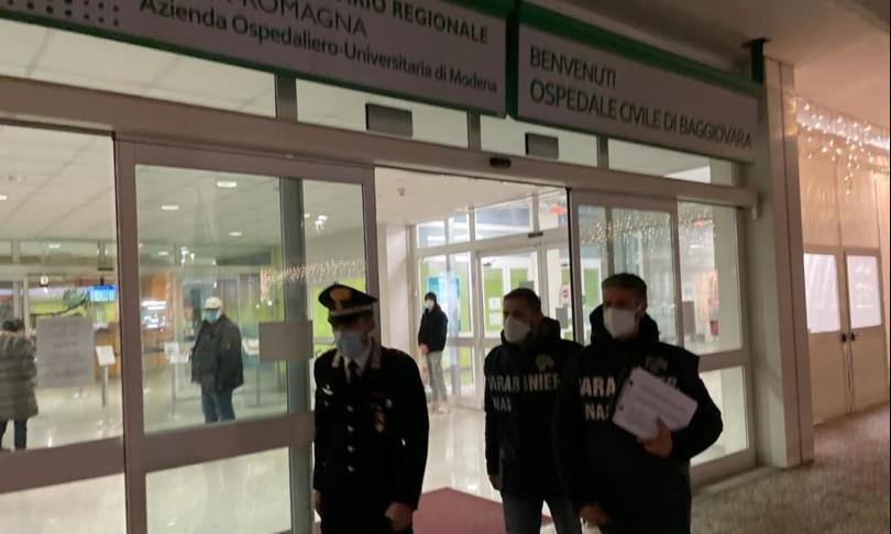 Parenti dell'ospedale di Modena vaccinati a dosi avanzate