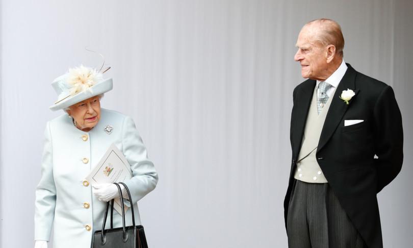 regina elisabetta principe filippo vaccinati