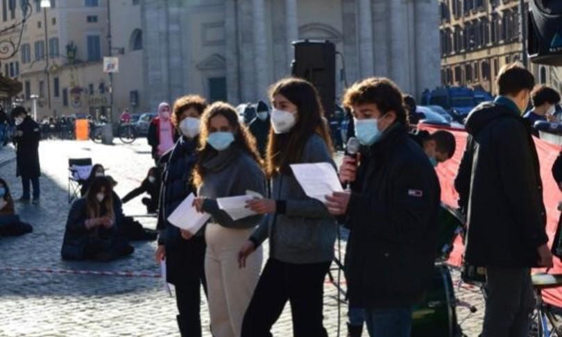 liceali Righi Roma stop cambi rotta destabilizzanti