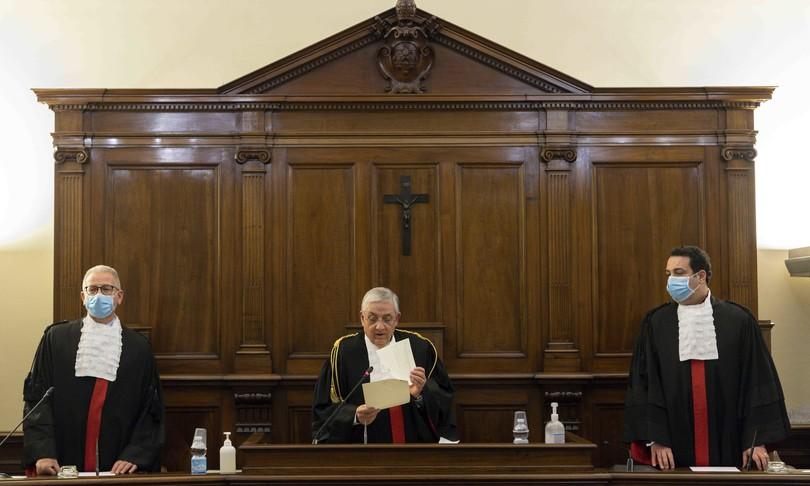 Vaticano condanna Caloia Liuzzoper svendita immobiliIor