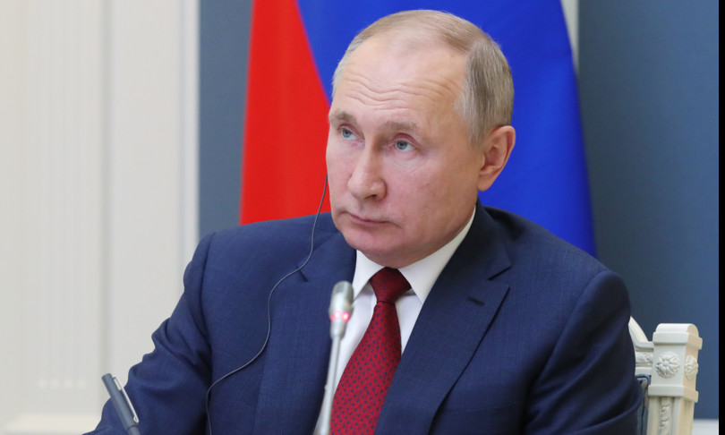 """L'affondo di Putin contro i giganti del web, """"concorrenti"""" degli Stati"""
