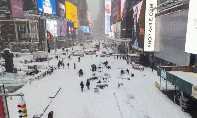 Tempesta neve New York citta fantasma