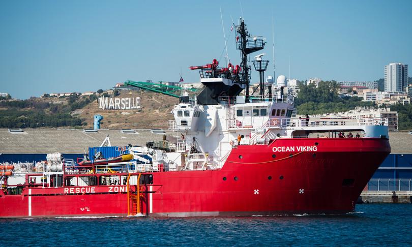 migranti augusta ocean viking
