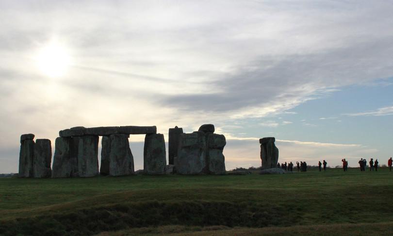 Scoperte storiche nel controverso cantiere tunnel a Stonehenge