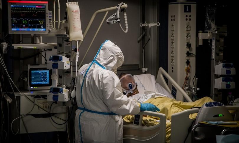 Covid13.114 nuovi contagi con 246 morti tassopositivisale al 7,7%