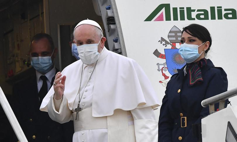È iniziato il viaggio di Papa Francesco in Iraq
